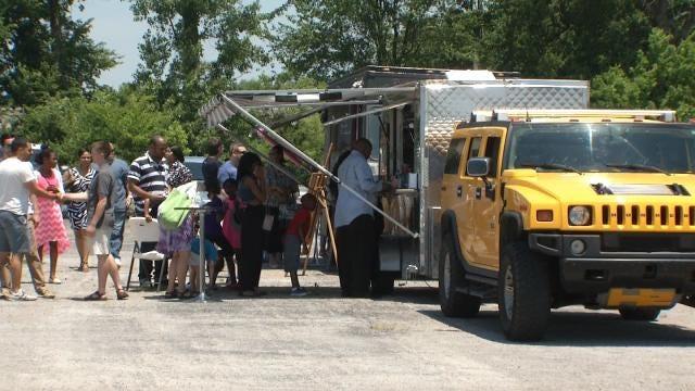 Group Brings Food Trucks To North Tulsa