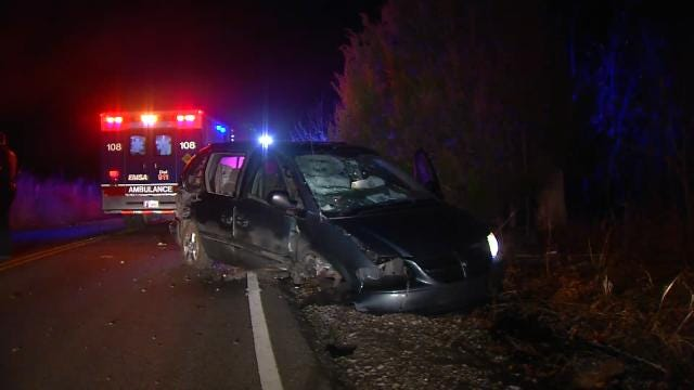 Tulsa Police Search For Driver After Minivan Crash
