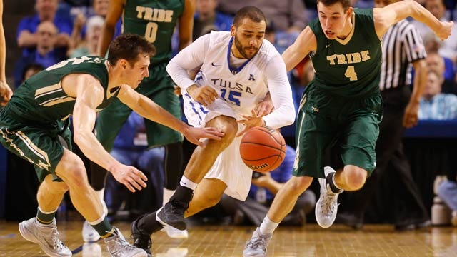 Curtis Leads Tulsa Past William & Mary In NIT Round 1