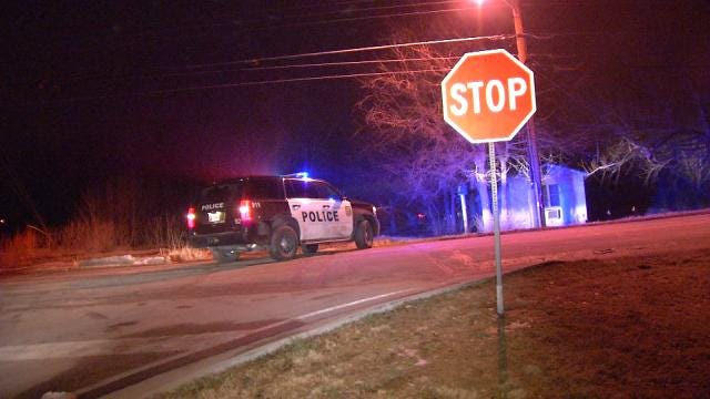 Claremore Police: Driver Hurt After Crashing During Chase