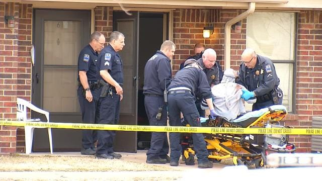 One Dead, One Injured Outside North Tulsa Apartment