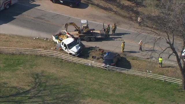 Woman Killed In Head-On Tulsa County Wreck
