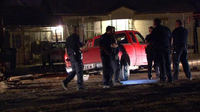 Deputy Hurt After Joining Tulsa Police Chase