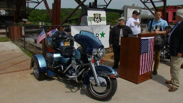 Route 66 Main Street Hosting Memorial Day Patriot Car, Motorcycle Show