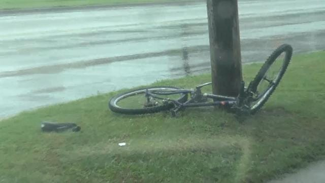 Broken Arrow Boy Injured When Car Hits His Bicycle