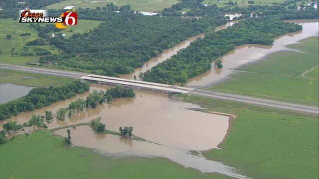 Flooding Forces Evacuations Near Poteau River