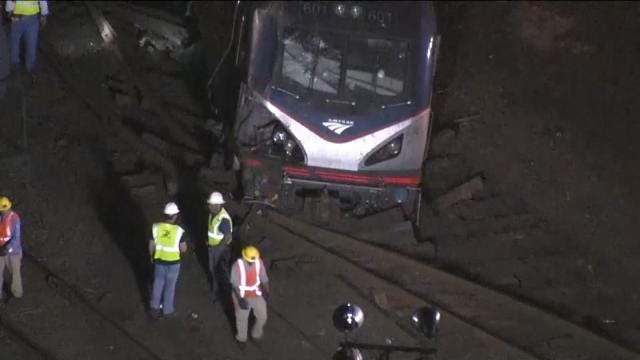 Six Killed When Amtrak Train Derails In Philadelphia