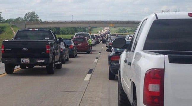 Injury Wreck Blocks Northbound Muskogee Turnpike Near Coweta