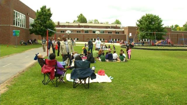 Lee Elementary Celebrates Outdoor Classroom