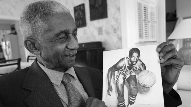 Sand Springs Native And Legendary Globetrotter Marques Haynes Dies At 89
