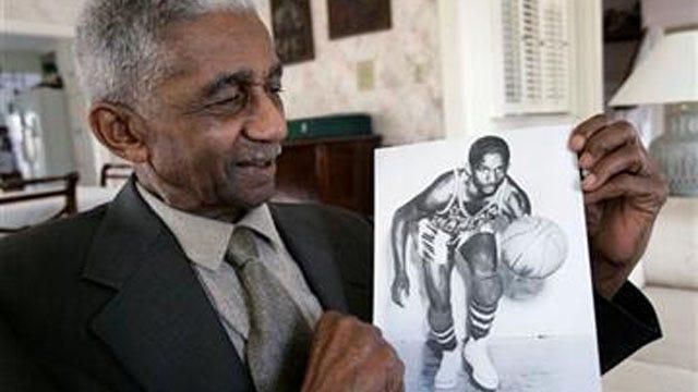 Sand Springs Native, Beloved Harlem Globetrotter Dies
