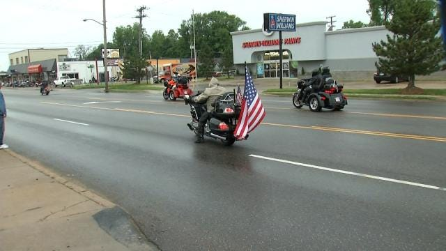 Tulsa Bikers Honor Veterans With American Hero Ride