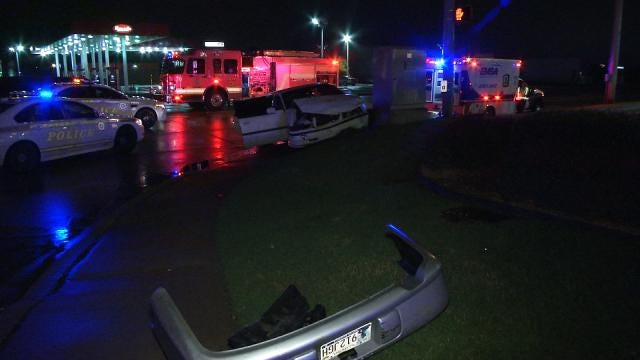 Two Injured In Early Morning Tulsa Two Car Crash