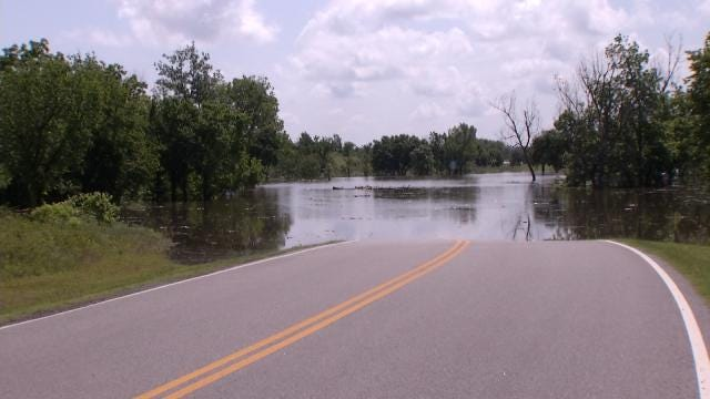Keystone Lake Continues To Rise, Residents Prepare For Worst