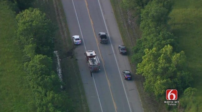 Oologah Officer Shot During Pursuit, Police Search For Suspect