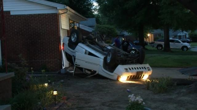 Stolen Jeep Wrecked At Tulsa House