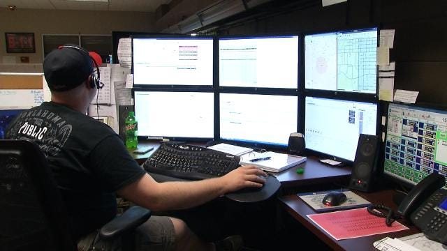 Lack Of Funding Puts Oklahoma 911 Call Centers In Jeopardy