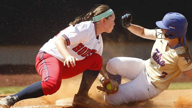 TU Softball Advances To AAC Finals With 5-2 Victory Over Houston