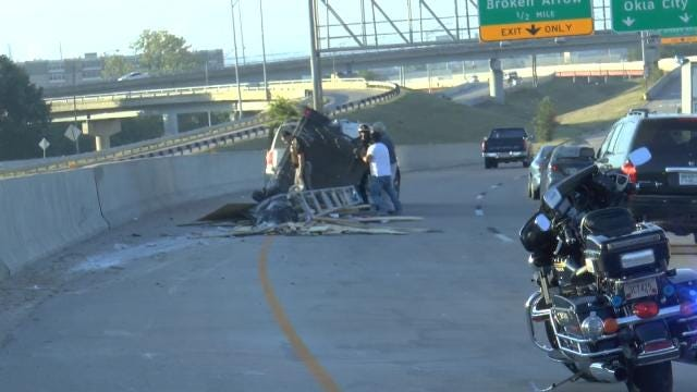 Loose Trailer Causes Traffic Snarl At IDL In Downtown Tulsa
