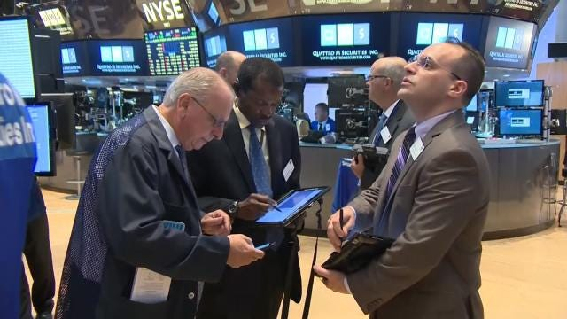 Stocks Tumble On Wall Street Again