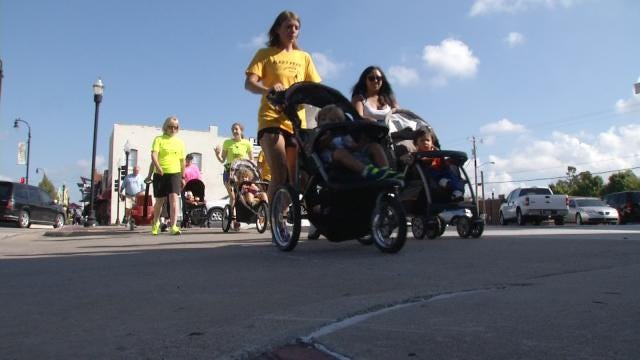 Fleet Feet Offers Program For 'Strollin Moms' To Pound The Pavement