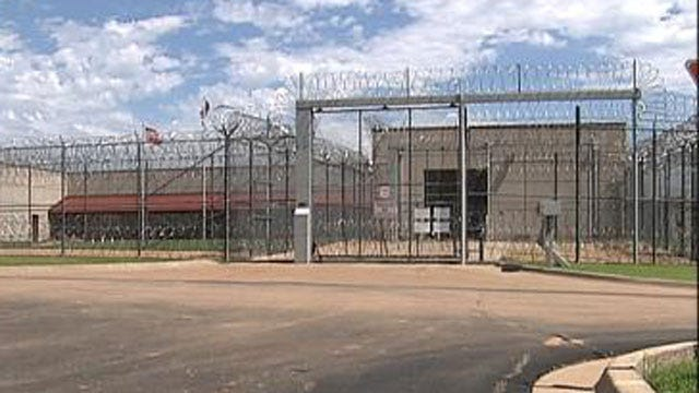 3 Inmates Dead, 5 Hospitalized After 40-Minute Riot In Cushing