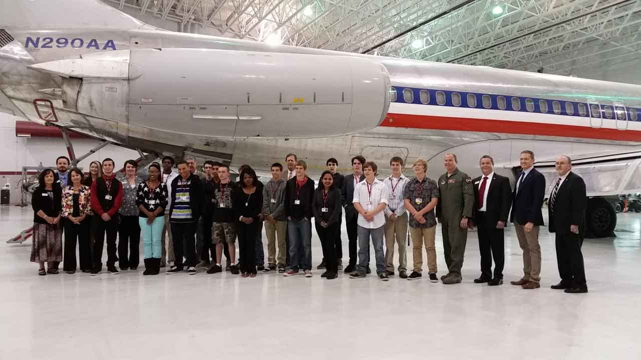 Tulsa High Schoolers Take Part In New Aerospace Academy