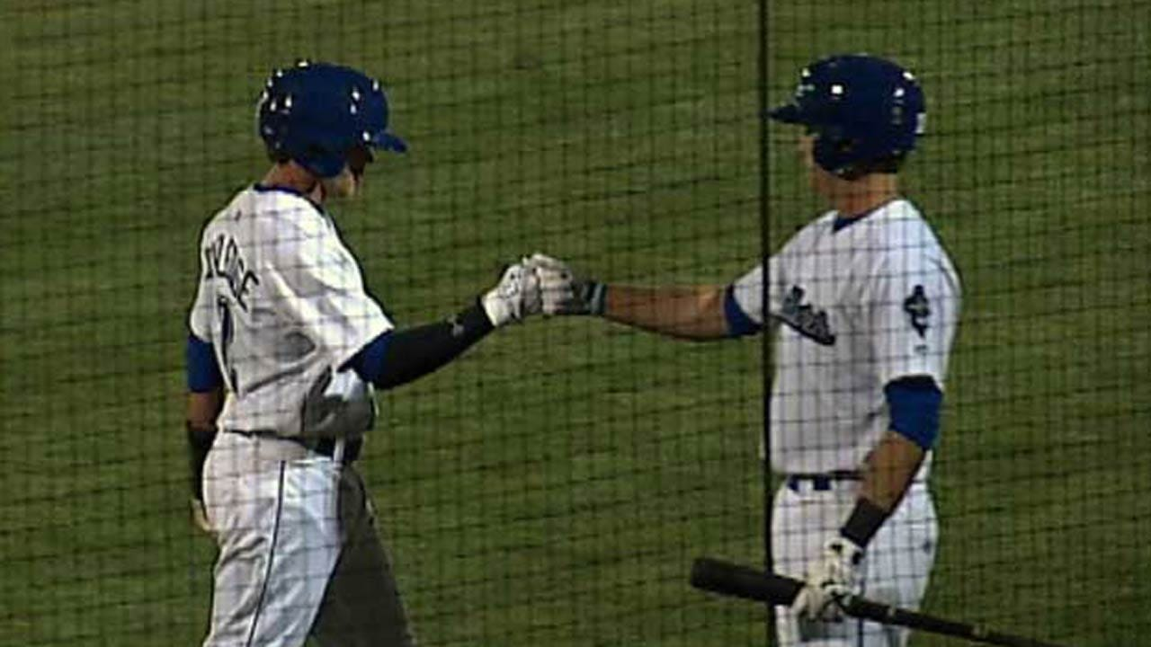 Late Bats Lead Drillers Past Naturals