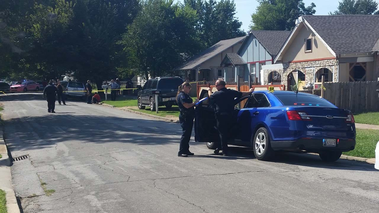 Police Investigate Drive-By Shooting In Tulsa Neighborhood