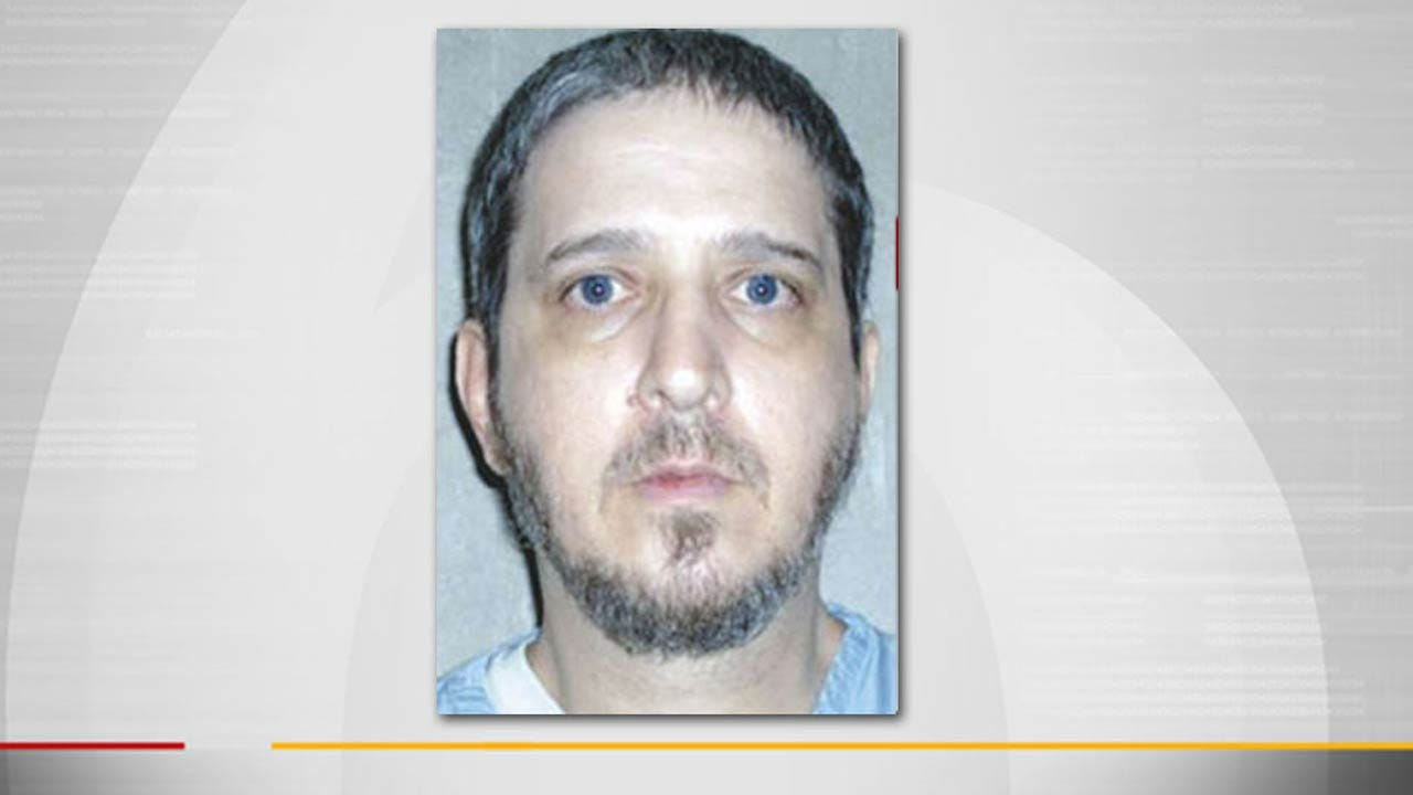 Governor Fallin Grants Glossip's Stay Of Execution, Social Media Reacts