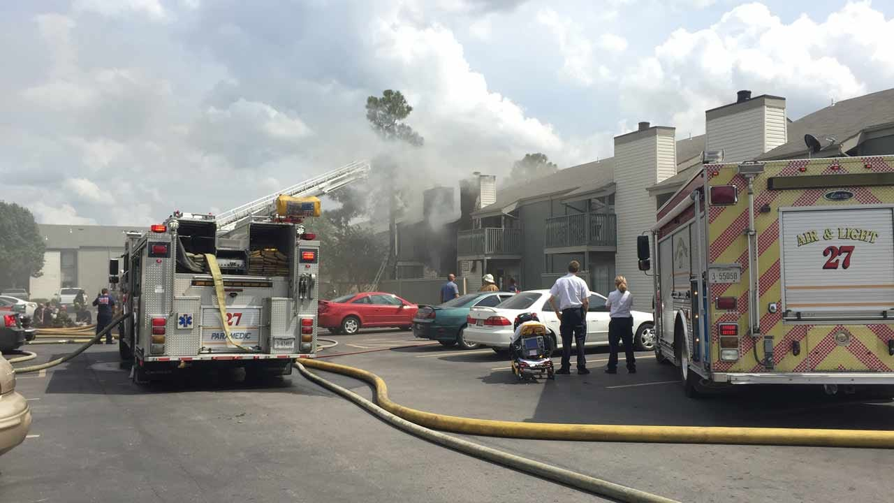 Fire Breaks Out At Tulsa Shoreline Apartments