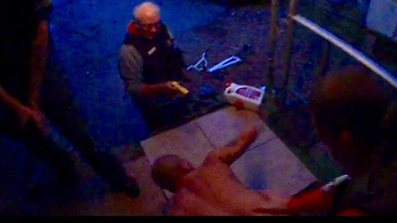 New Video Shows Bob Bates Pointing Taser At Suspect
