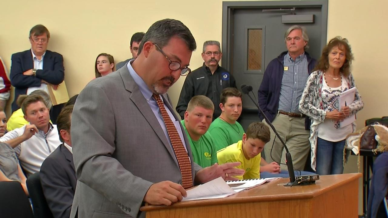 Sapulpa City Council Denies Appeal; Golf Course Cannot Turn Into Dirt Mine