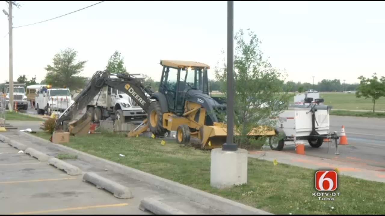 Crews Working To Fix Tulsa Water Line Breaks