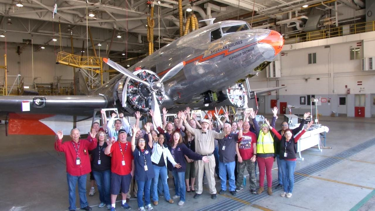 Tulsa Employees Celebrate American Airlines' 90th Birthday
