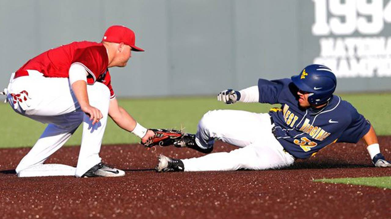 Hot Bats Propel Sooners To Late Comeback Win Over West Virginia