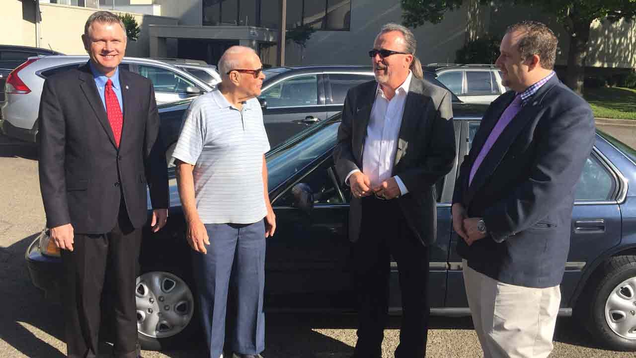 Oklahoma WWII Veteran, Once Homeless, Gets Car