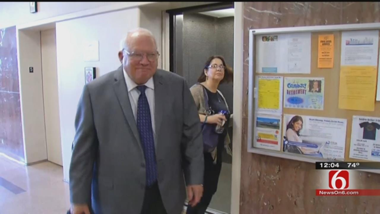 Judge Tells Jury In Bob Bates Trial It Could Be Deliberating By Wednesday