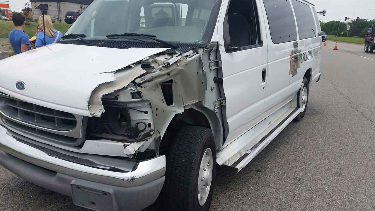 Sand Springs Students Involved In Crash