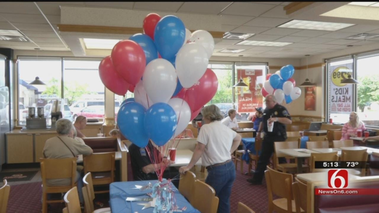 Tulsa Wendy's Helps Raise Money For Fallen Officers Memorial