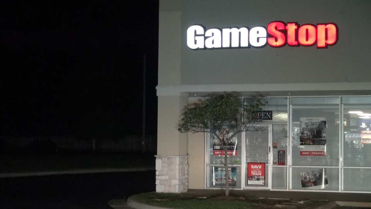 Shot Fired During Broken Arrow Armed Robbery