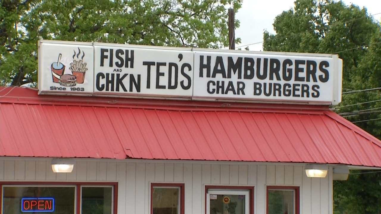 Customers React To Arrests In Tulsa Restaurant Owner's Murder