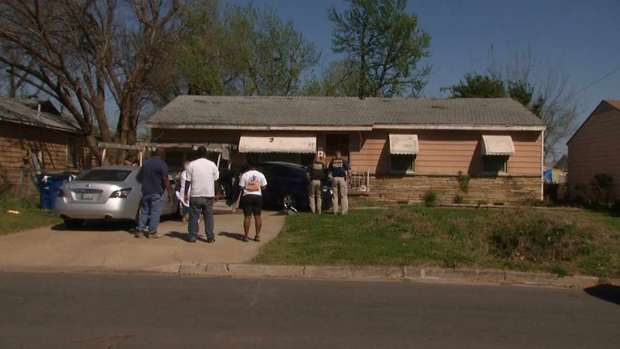 Car Hits House After Suspects Bail During Tulsa Police Chase