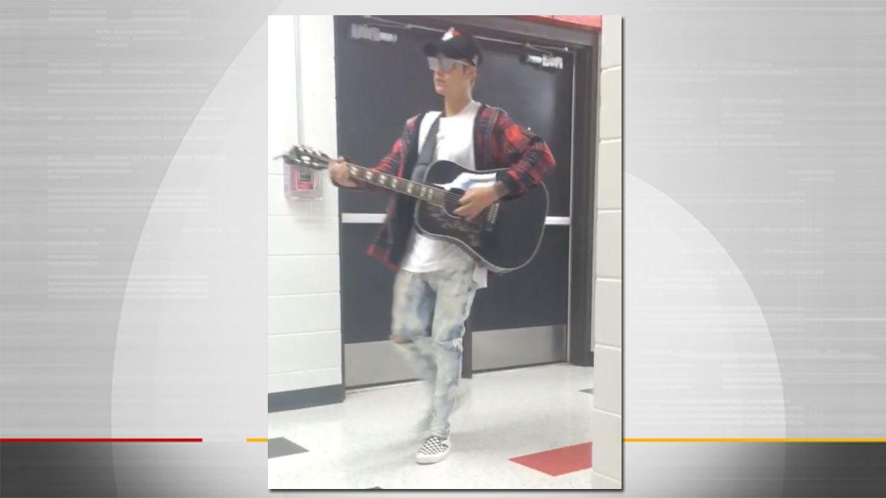 Justin Bieber Surprises Tulsa High School Before Concert At BOK Center