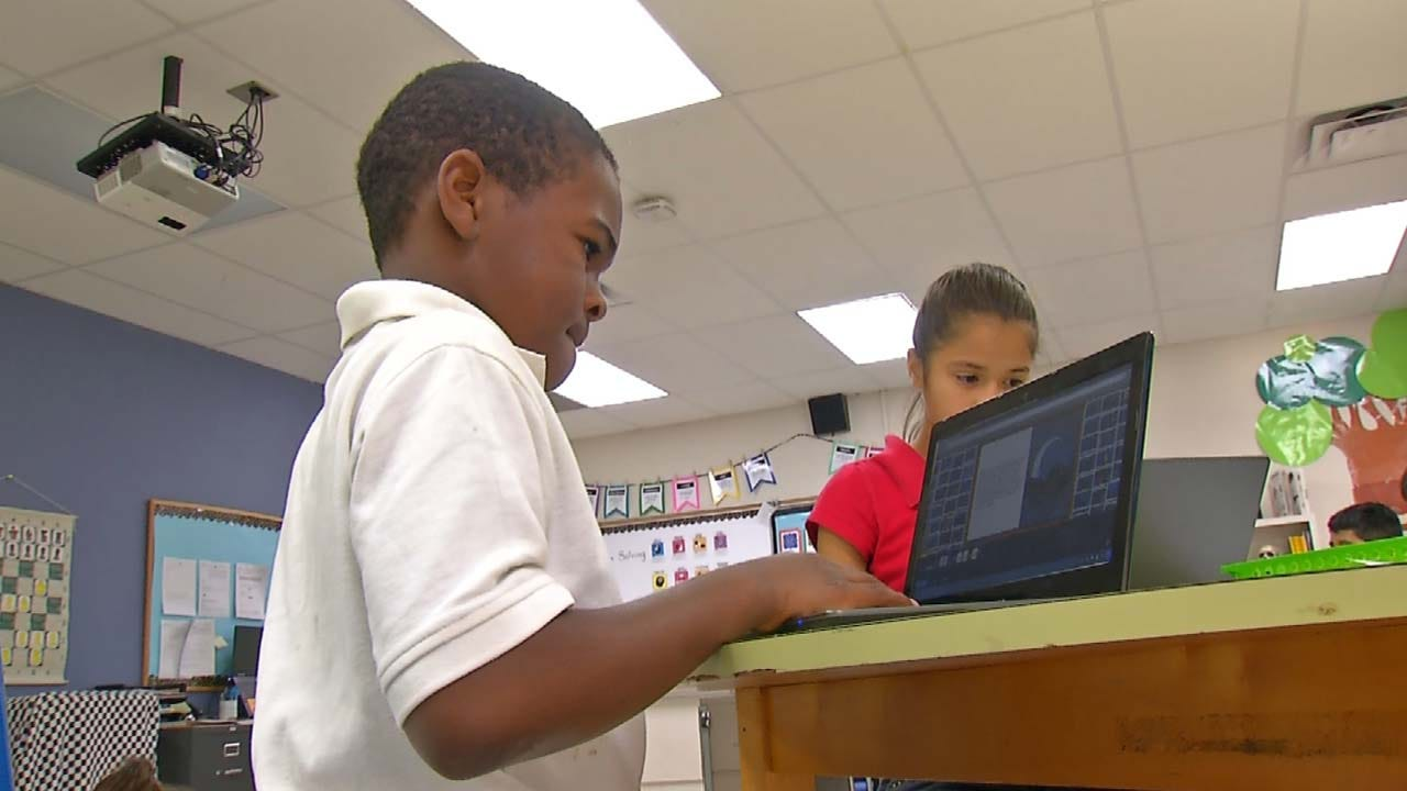 Donors Pitch In, Help Fund Oklahoma School Projects
