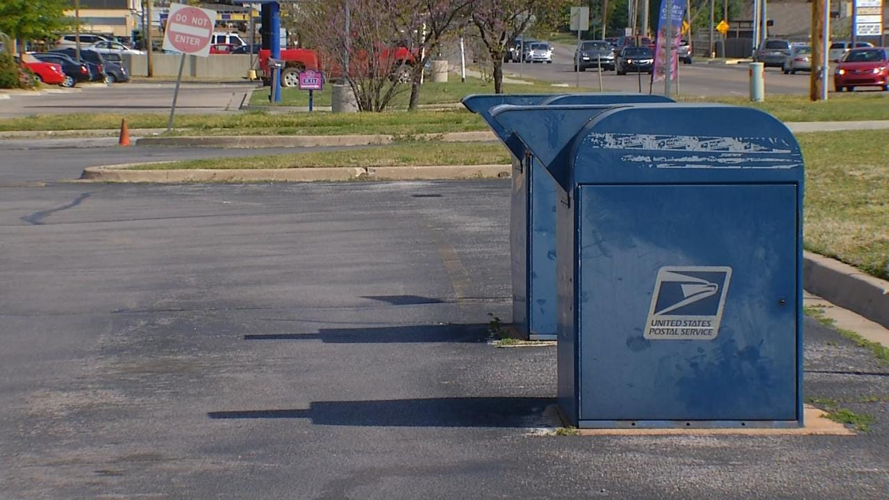 Mail Thieves Are Targeting Blue Drop-Off Boxes, Tulsa Man Says