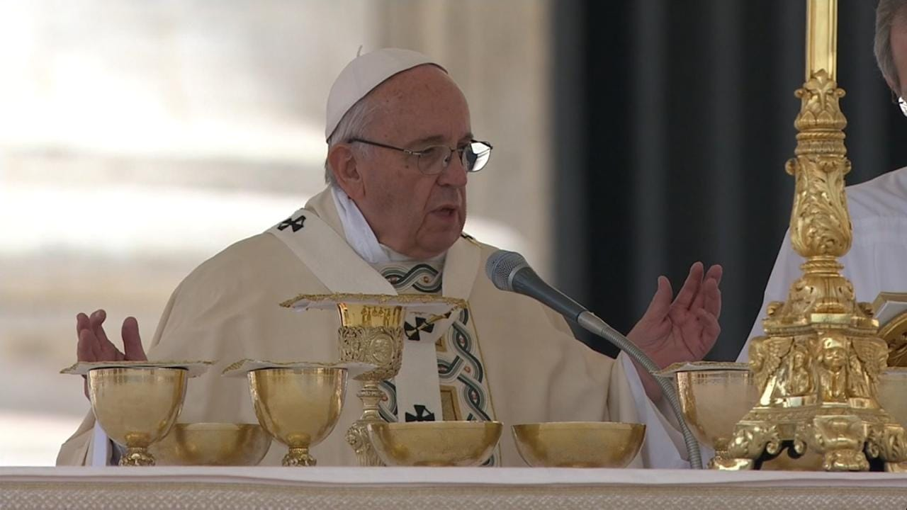 Pope Releases Guide To Love, Sex And Marriage