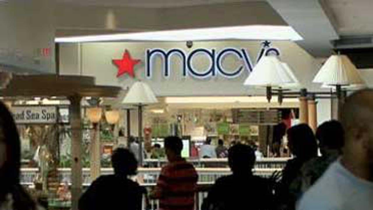 Macy's Plans To Close Around 100 Stores In 2017