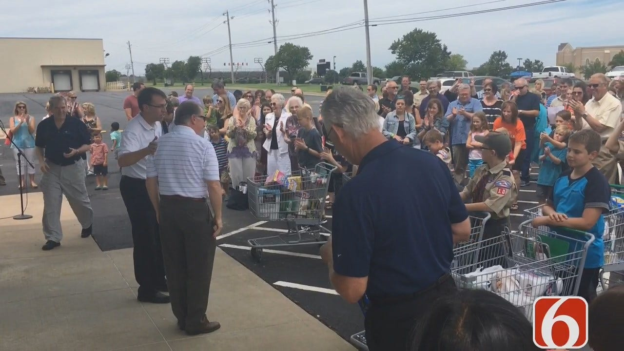 Asbury Methodist In Tulsa Holds Ribbon Cutting For New Food Pantry