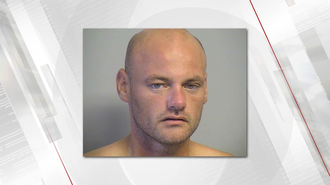 Suspect Arrested In Tulsa Police Standoff, Bomb Threat